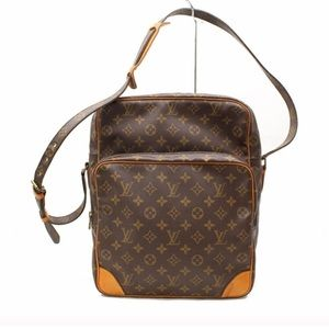 << Louis Vuitton >> Amazone Crossbody monogram